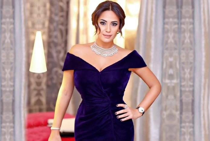 C'est Hend Sabry qui recevra le Prix d'Excellence Faten Hamama