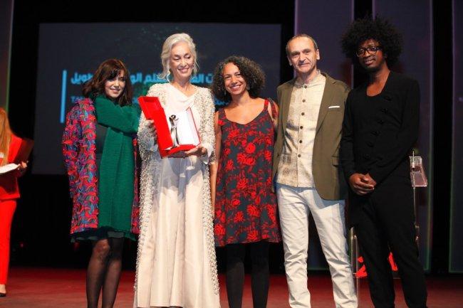 Tanit d'argent long métrage documentaire pour l'égyptienne Amal Ramses pour « Ils viennent de loin »