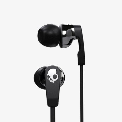 Audifonos Strum Black/black/chrome Skullcandy en Web Electro