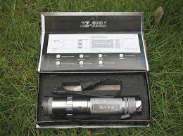 Stun Gun Paralizador Inmovilizador (linterna) 10.000 Kv en Web Electro