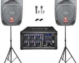 Kit Mezcladora Amplificada 1600w Bafles Y Tripie Bocinas 15
