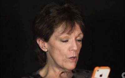 「iPhoneのSiriの声は私」と明かしたスーザン・ベネットさん