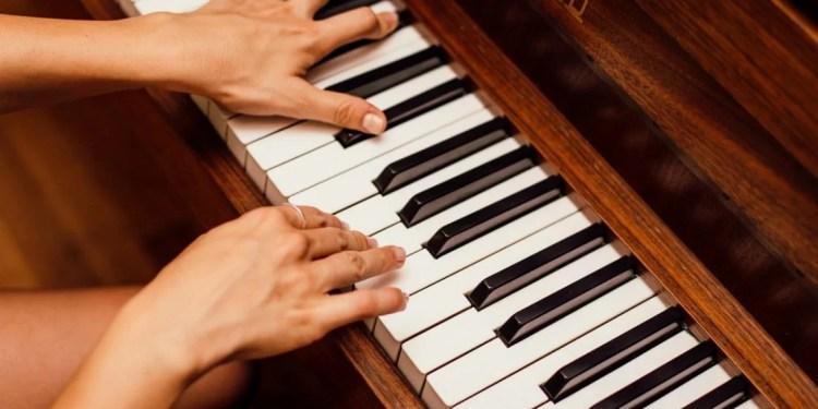 piano-teacher-near-me