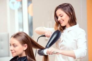 Estudiar peluquería no es solo tratar el cabello del cliente