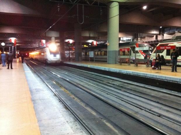 ser ferroviario