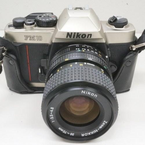 ニコンのフィルム一眼レフカメラ「FM10 + NIKKOR 35-70mm 3.5-4.8」買取実績