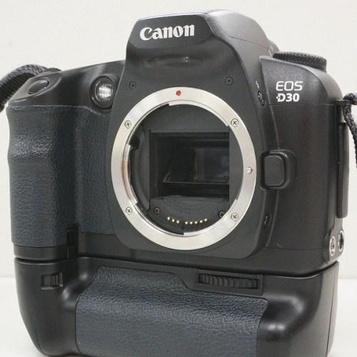 キャノンのデジタル一眼レフカメラ「EOS D30」買取実績