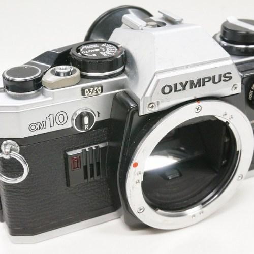 オリンパスのフィルム一眼レフカメラ「OM10 ボディ マニュアルアダプター付」買取実績