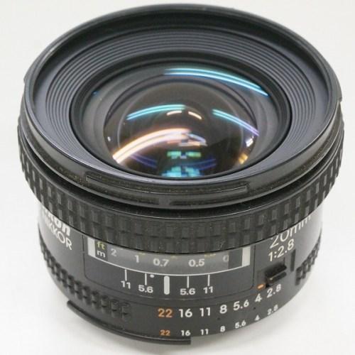ニコンのレンズ「NIKKOR AF 20mm F2.8」買取実績