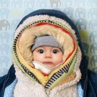 Как одевать новорожденного в октябре?
