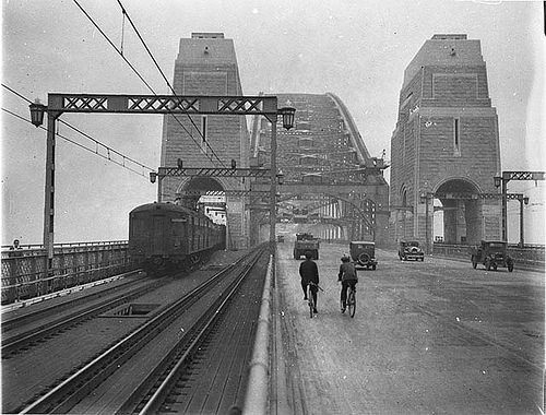 First cars and trains across Sydney Harbour Bridge, March 1932 / Sam Hood