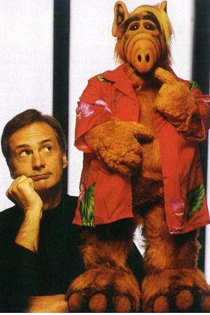 Създателят на сериала Пол Фуско с творението си.