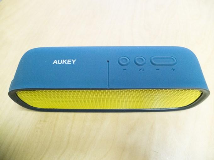 aukey-bluetooth-box4