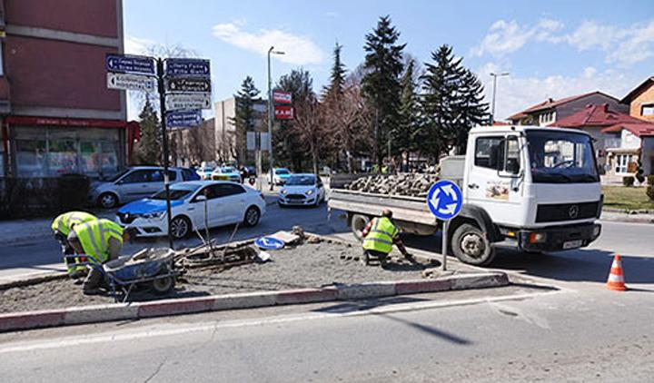 Затворени улици поради привршување на активностите кај кружниот тек кај Општата болница