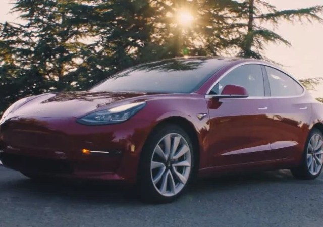 Tesla Releases Model 3, Automaker Struggles to Keep Up With Demand