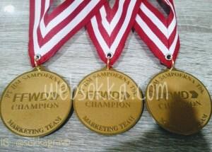 medali-penghargaan