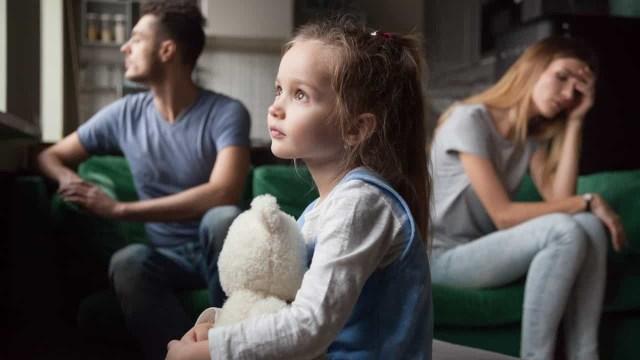 f2dfc15ee9c369fb34666184bbdbcd28765ec410 - Çocuğunuzu Yetiştirirken Asla Yapmamanız Gereken 13 Hata