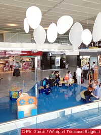 toulouse-aeroport-zone-famille