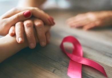octobre-rose-mains-ruban