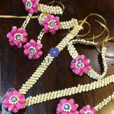 Floral Jewellery in Delhi NCR
