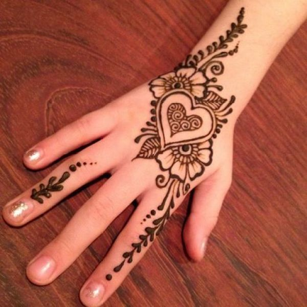 17.Heart and flower back hand design