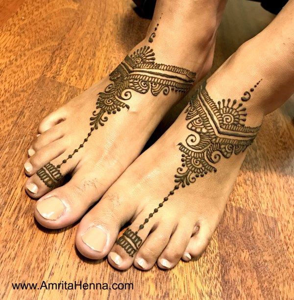 29.Toe ring Henna for Leg