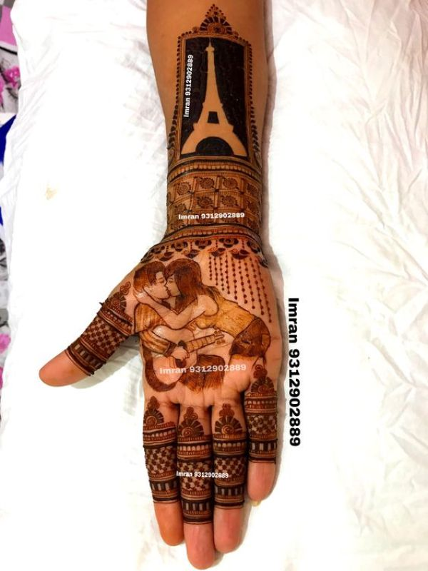 12.Couples proposal in mehndi design