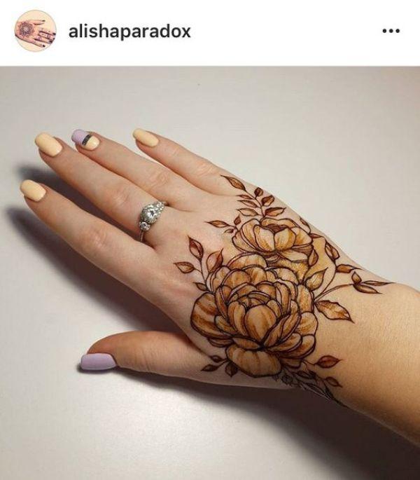 37.Rose Mehndi design #37