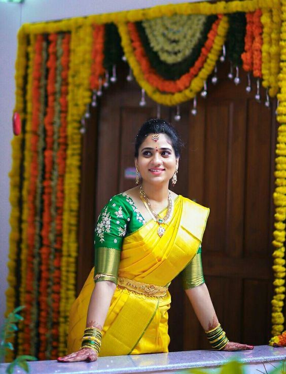 Yellow Saree With Green Blouse Photo Gallery