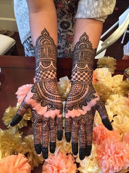 Half Hand Bridal Mehndi Design Photo Gallery