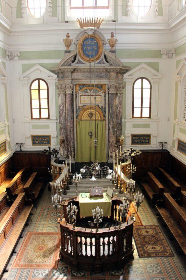 Intérieur de la synagogue de Sienne Italie