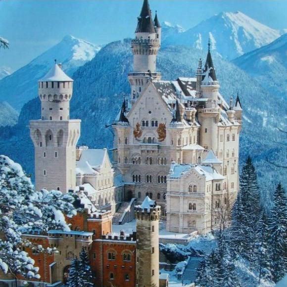 12 MAGICAL EUROPEAN CASTLES YOU CAN GET MARRIED IN