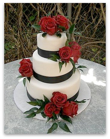 Black and White Wedding Cakes Gallery black white and red wedding cake