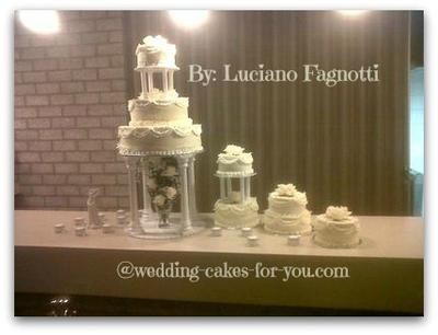 Traditional wedding cake Good Old Fashioned American Style