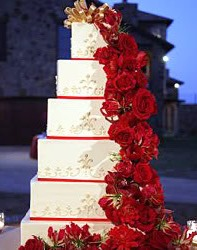 Red And White Wedding Cake Ideas 10