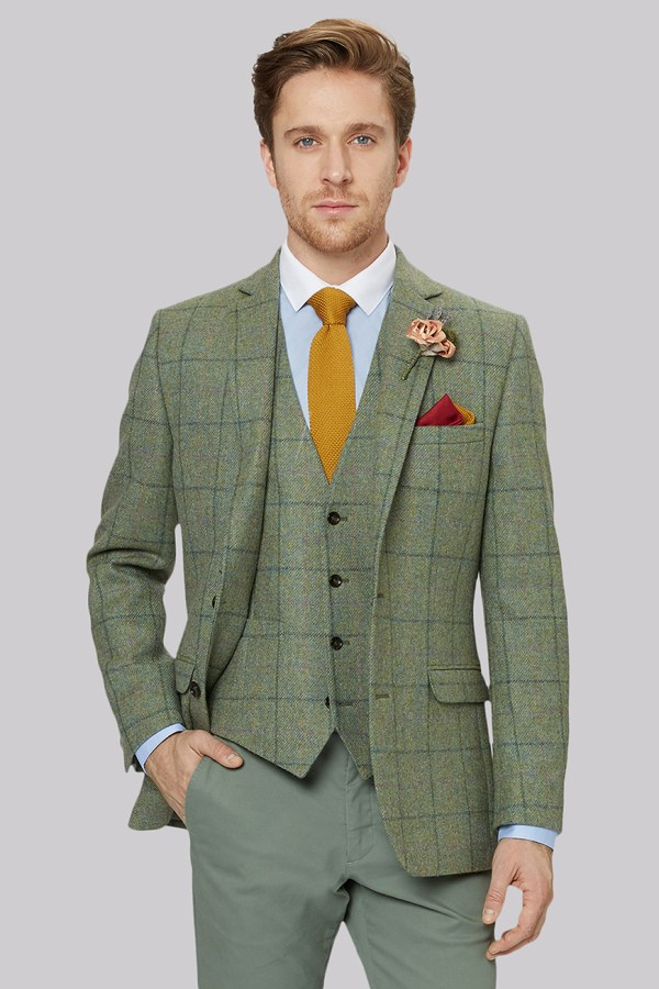 The Groom's Suit: Should You Buy Or Rent?