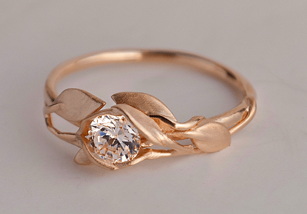 The Best Engagement Rings For Christmas Proposals