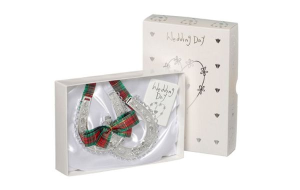 Scottish Wedding Gifts: Scottish Wedding Gifts With The Touch Of Timeless