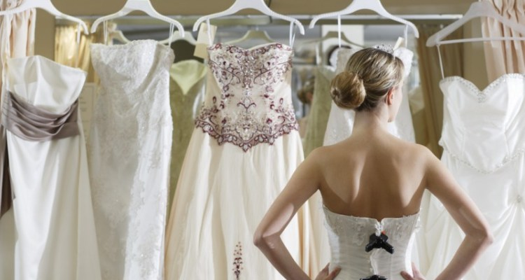 Best Ways To Sell Your Wedding Dress After The