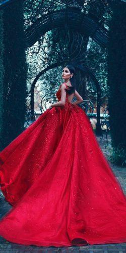 24 Amazing Colourful Wedding Dresses For Non Traditional Bride