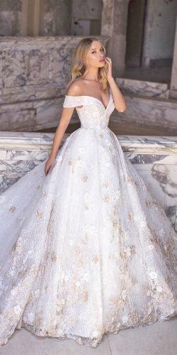 wona váy cưới công chúa lệch vai người yêu đường viền cổ ren hoa cristine Ảnh váy cưới lấp lánh