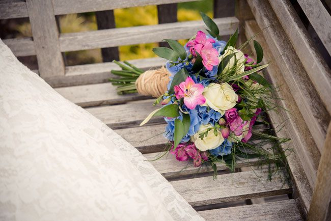 top-wedding-planning-tips-for-spring-brides-Mick-Cookson-Photography-seasonal-bouquet