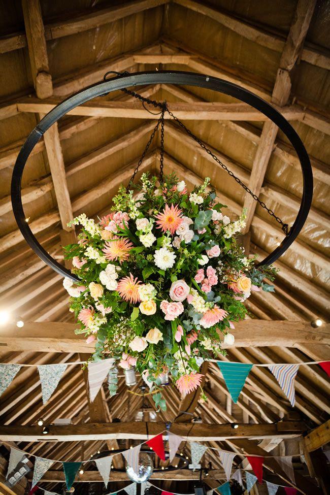 21-ways-to-decorate-your-wedding-venue-with-flowers-sarahleggephotography.co.uk-2