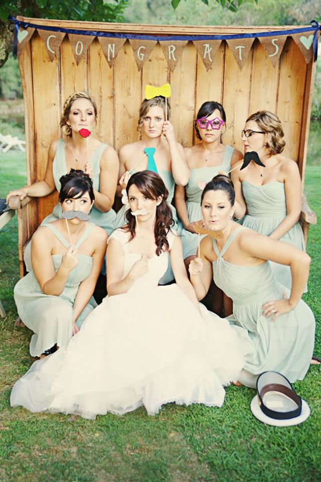 21-fun-wedding-photo-ideas-for-you-and-your-bridesmaids-Emily-Heizer-Photography