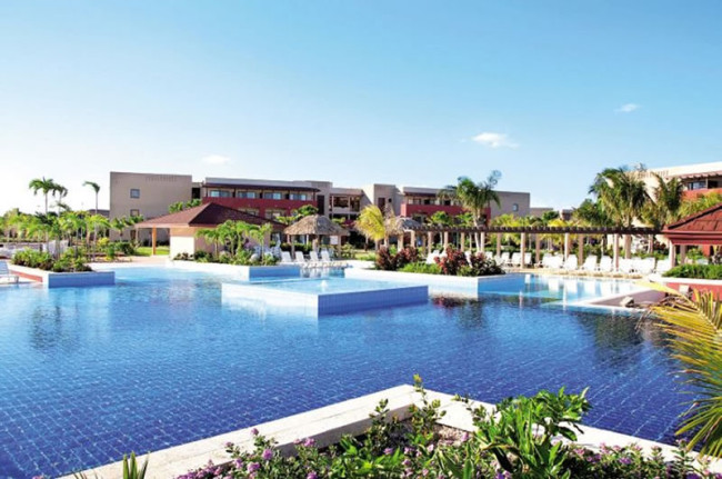 best-destination-wedding-locations-weddings-abroad-cuba