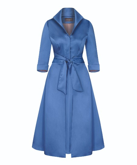 "satin-dress-mother-of-the-bride-bombshellhq ""width ="" 450 ""top ="" 540 ""srcset ="" https://www.weddingideasmag.com/wp-content/uploads/2019/11/satin-dress -mother-of-the-bride-bombshellhq.jpg 450w, https://www.weddingideasmag.com/wp-content/uploads/2019/11/satin-dress-mother-of-the-bride-bombshellhq-250x300. jpg 250w ""sizes ="" (max-width: 450px) 100vw, 450px ""/></p data-recalc-dims="