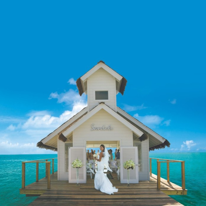 "chapel-and-bride-sandals-wedding ""width ="" 800 ""peak ="" 800 ""srcset ="" https://www.weddingideasmag.com/wp-content/uploads/2020/02/chapel-and-bride-sandals -wedding.jpg 800w, https://www.weddingideasmag.com/wp-content/uploads/2020/02/chapel-and-bride-sandals-wedding-150x150.jpg 150w, https://www.weddingideasmag.com /wp-content/uploads/2020/02/chapel-and-bride-sandals-wedding-300x300.jpg 300w, https://www.weddingideasmag.com/wp-content/uploads/2020/02/chapel-and- bride-sandals-wedding-768x768.jpg 768w, https://www.weddingideasmag.com/wp-content/uploads/2020/02/chapel-and-bride-sandals-wedding-650x650.jpg 650w ""sizes ="" ( max-width: 800px) 100vw, 800px ""/></p data-recalc-dims="