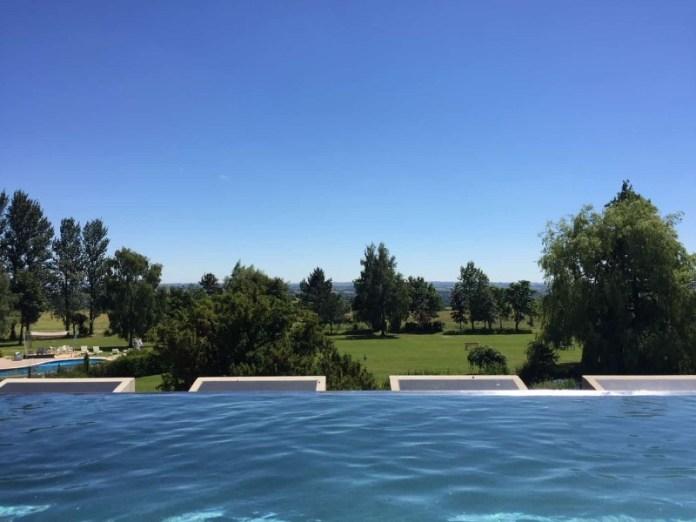 outside infinity pool