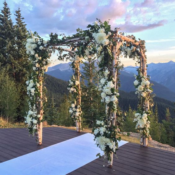 Imaginative Unique Floral Wedding Chuppah Altar Decoration