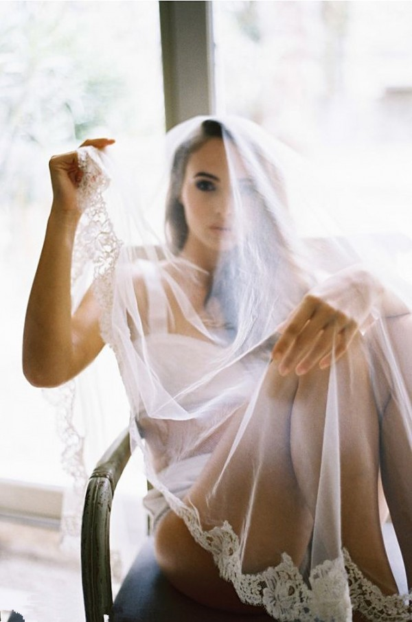 21 Wedding Photos Too Sexy Not To Have Page 2